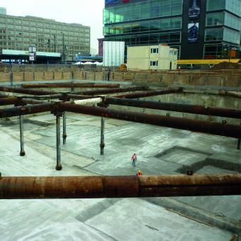 Baugrube am Berliner Alexanderplatz